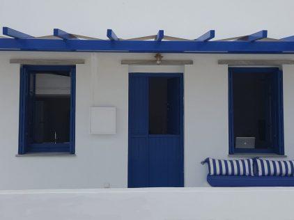 Tinos House